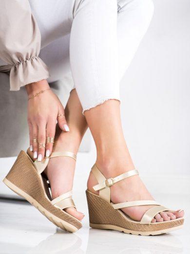Exkluzívní  sandály dámské zlaté na klínku