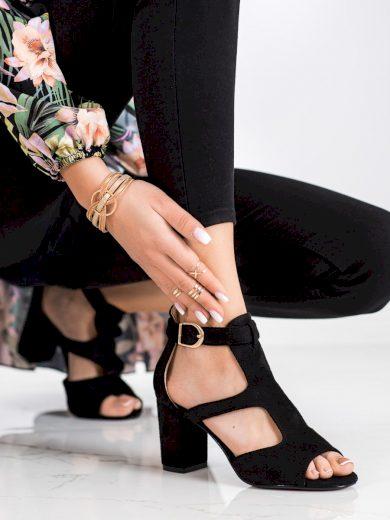 Jedinečné dámské  sandály černé na širokém podpatku
