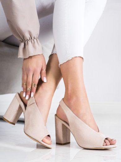 Pohodlné dámské hnědé  sandály na širokém podpatku