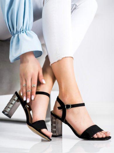 Pěkné  sandály dámské černé na širokém podpatku
