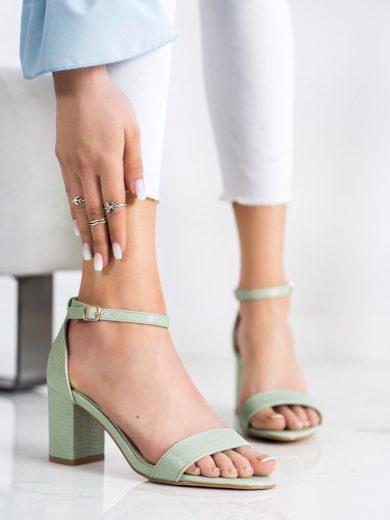 Módní zelené dámské  sandály na širokém podpatku