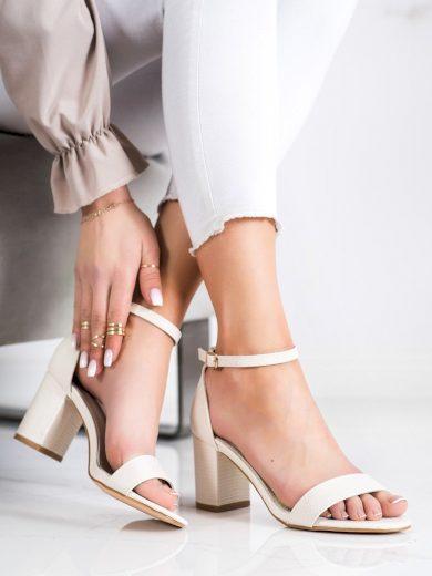 Jedinečné hnědé dámské  sandály na širokém podpatku