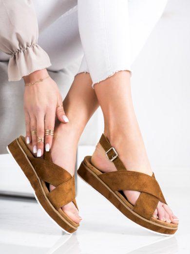 Módní  sandály dámské hnědé bez podpatku