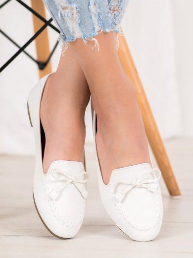 Komfortní bílé  mokasíny dámské bez podpatku