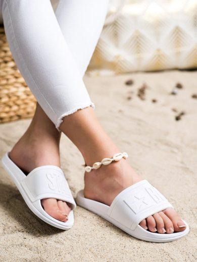 Módní dámské bílé  nazouváky bez podpatku