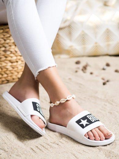 Komfortní  nazouváky dámské bílé bez podpatku