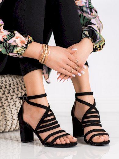 Originální dámské  sandály černé na širokém podpatku