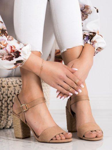 Praktické  sandály dámské hnědé na širokém podpatku