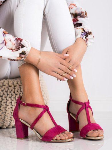Zajímavé růžové  sandály dámské na širokém podpatku
