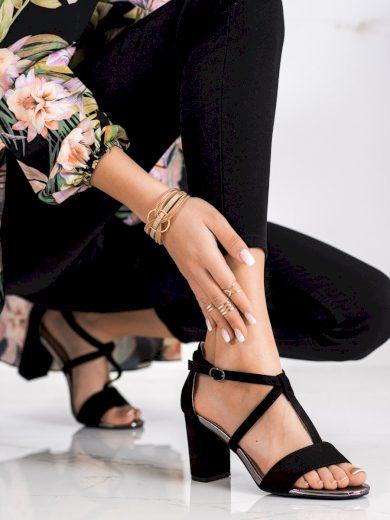 Jedinečné dámské černé  sandály na širokém podpatku