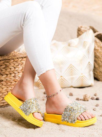 Výborné zlaté dámské  nazouváky bez podpatku