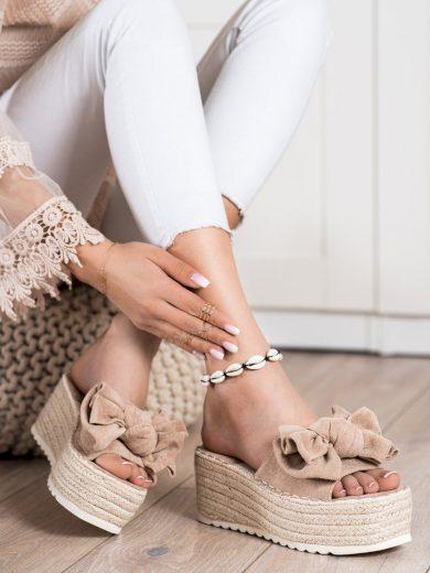 Klasické hnědé dámské  nazouváky bez podpatku