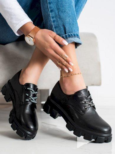 Designové dámské  polobotky černé bez podpatku