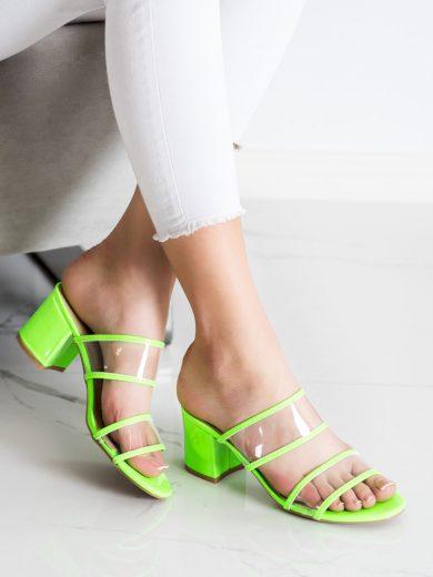 Stylové zelené  nazouváky dámské na širokém podpatku