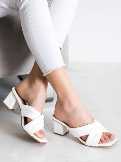 Exkluzívní  nazouváky dámské bílé na širokém podpatku