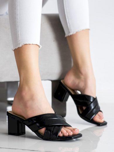 Trendy černé dámské  nazouváky na širokém podpatku