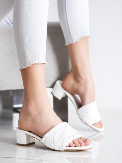 Luxusní dámské bílé  nazouváky na širokém podpatku