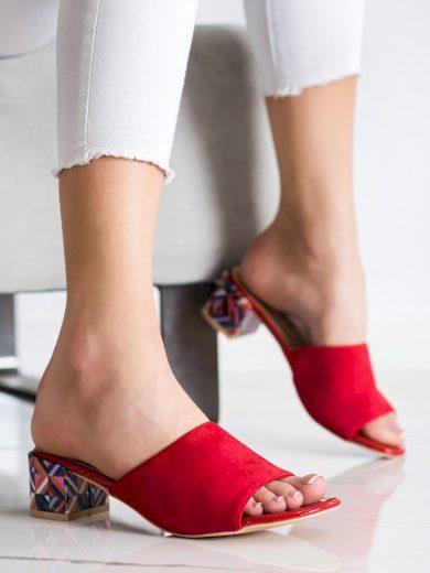 Originální červené  nazouváky dámské na širokém podpatku