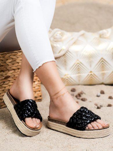 Exkluzívní  nazouváky dámské černé bez podpatku