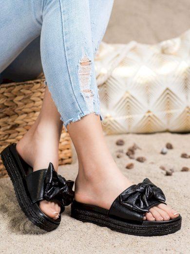 Designové dámské černé  nazouváky bez podpatku