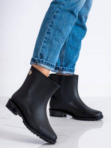 Krásné dámské  gumáky černé na plochém podpatku