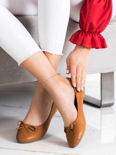 Klasické hnědé dámské  baleríny bez podpatku