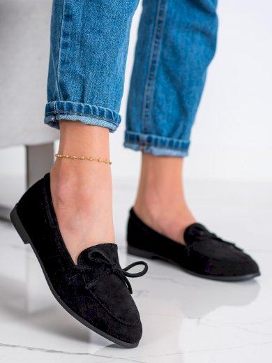 Výborné dámské černé  mokasíny na plochém podpatku