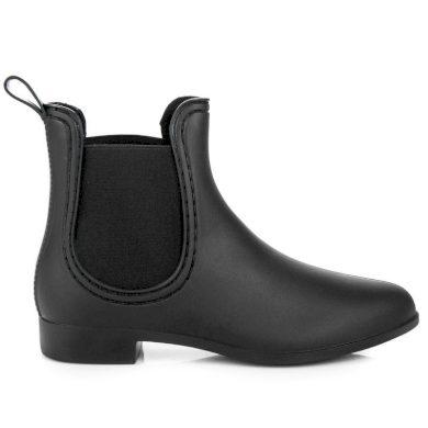 Zajímavé černé  gumáky dámské na plochém podpatku