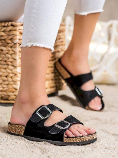 Pěkné černé  nazouváky dámské bez podpatku