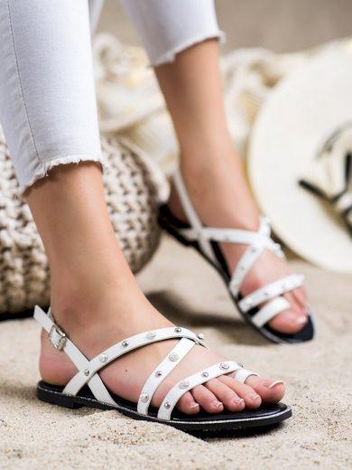 Pěkné bílé  sandály dámské bez podpatku