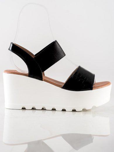 Designové černé dámské  sandály na klínku