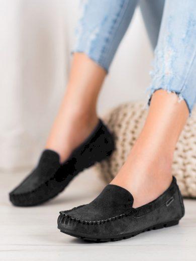 Zajímavé dámské  mokasíny černé bez podpatku