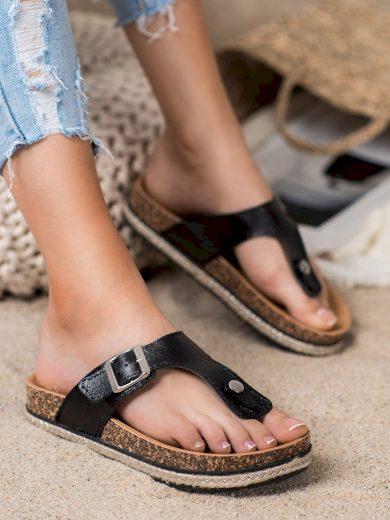 Moderní dámské černé  nazouváky bez podpatku