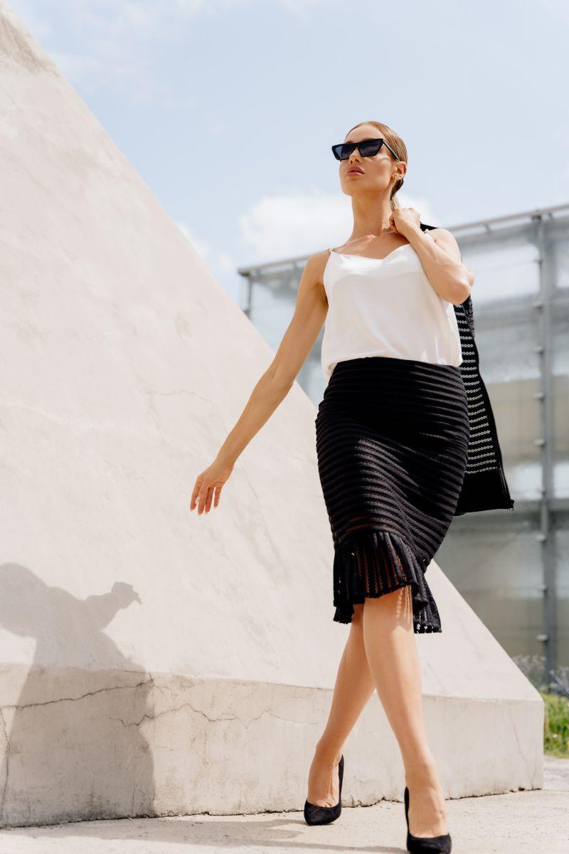 Pouzdrová síťovaná sukně Lemoniade L365B černá
