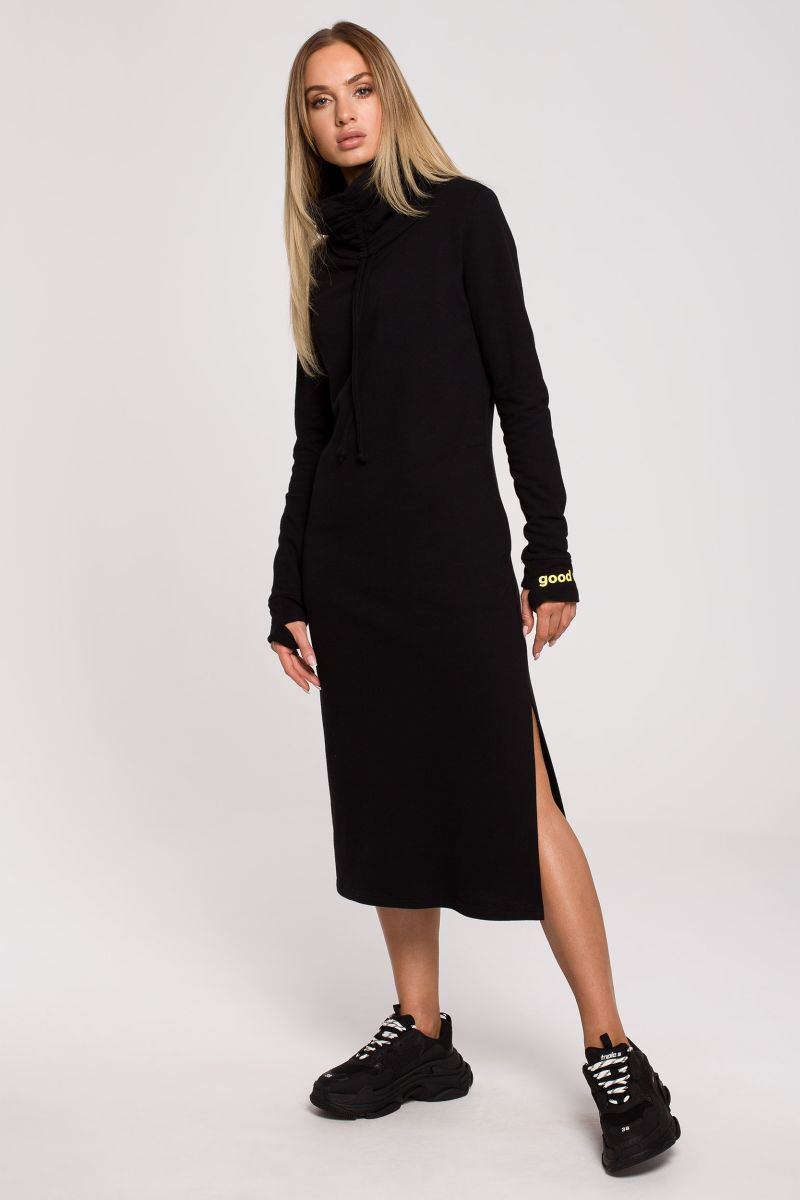 Sportovní šaty s rolákem MOE M622 černé