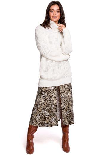 Dlouhý svetr s rolákem Be BK030 bílý
