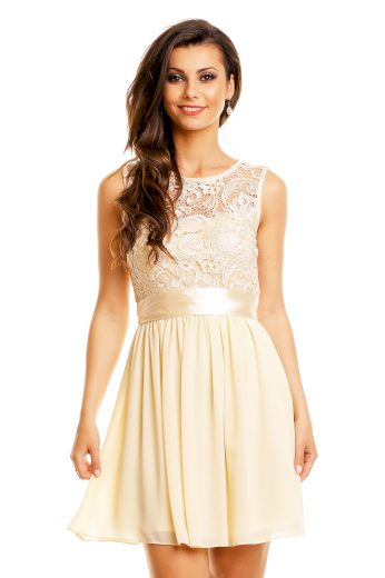 Plesové šaty krátké s krajkou krémové hs 367