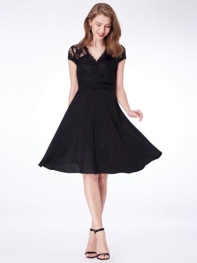 Ever Pretty černé koktejlové šaty s krajkou 4032