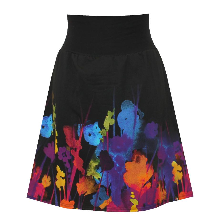 Hladká áčková sukně, barevné květy
