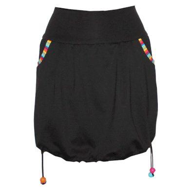 Balonová sukně, korálky, kapsy