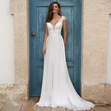 Vkusné jednoduché Boho svatební šaty