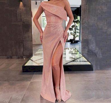 Dámské večerní elegantní plesové třpytivé šaty