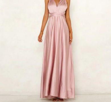 Saténové lesklé večerní společenské šaty s výstřihem