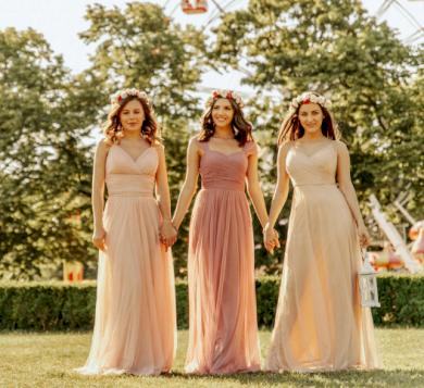 Nádherné elegantní družičkovské plesové společenské šaty
