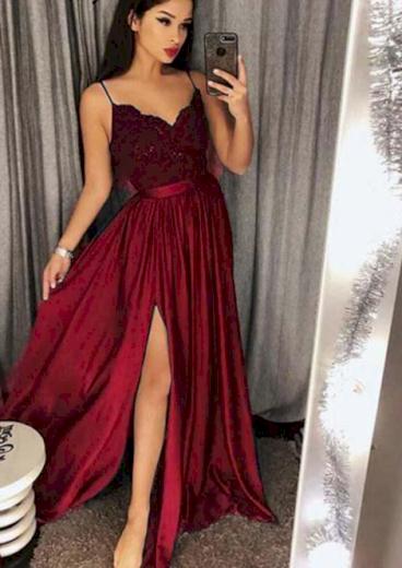 Dlouhé nádherné luxusní dámské družičkovské šaty