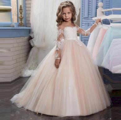 Krásné dětské dívčí společenské šaty s krajkou