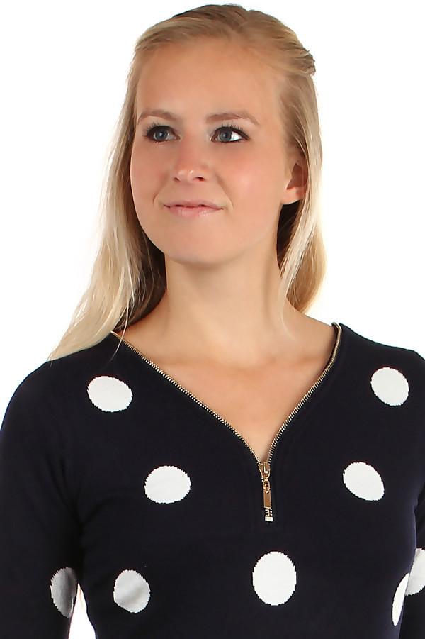 Dlouhý retro svetr s puntíky
