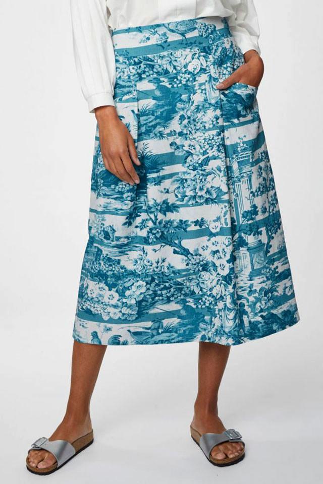 Áčková dámská sukně s konopím