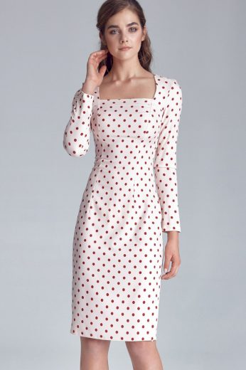 Pouzdrové puntíkované šaty v retro vzhledu