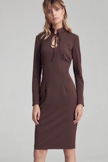 Dámské jednobarevné šaty se stojáčkem a dlouhým rukávem
